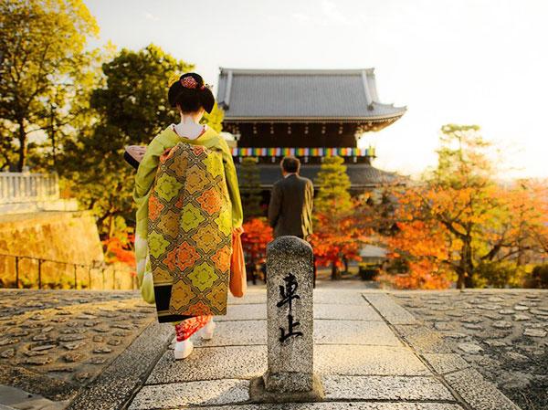 Những luật cấm đối với phụ nữ ở Nhật Bản