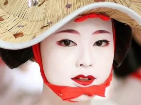 Bí quyết tái sinh làn da trẻ mãi không già của phụ nữ Nhật