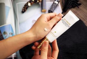 Kem trang điểm Sakura CC Cream flawless control base có tốt không?